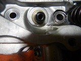 闇を抱えたエンジンシリンダーヘッドオイル下がり原因調査 (1)