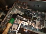 まっきーレーサー号エンジンロアケース洗浄 (2)