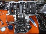 某テリアカスタムエンジン腰下組立て (1)
