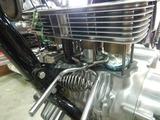令和の破壊王GTH号エンジン修理シリンダー挿入 (1)