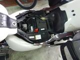 イントルーダーバッテリー交換 (2)
