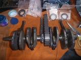 三代目号エンジン組立て腰下 (1)