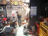 170319本日の開店前の男 (1)