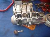 まっきーレーサー号エンジン部品取り分解 (1)
