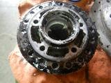 CB250HAWK用フロントハブ塗装剥離 (1)