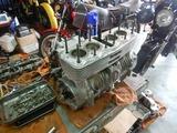 明石T号エンジン組立て腰上190816 (2)