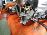 13号機用キャブ組立てフロートチャンバーリコイル追加10箇所 (2)
