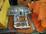 闇を抱えたエンジン洗浄 (1)