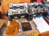 11エンジン組立て開始 (2)