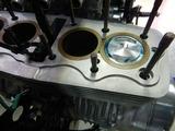 令和の破壊王GTH号エンジン修理シリンダー挿入 (2)