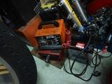 中古車量398新品バッテリー充電中
