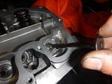 闇から抜け出したエンジンヘッド内燃機屋さん送り (3)