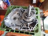 エンジンブロースーパーカブエンジン組立 (1)