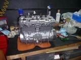 408エンジン組立て中