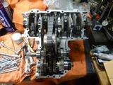 高知U号エンジン腰下組み立て200919 (1)