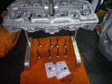 レーサーエンジンヘッド組付け (1)