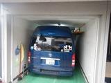ハイエースを自宅ガレージに入れる