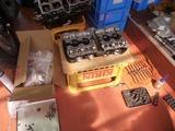 11エンジン組立て開始