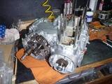 398、1号機エンジン組立て (2)