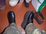 新しい靴と何時ものパンチ