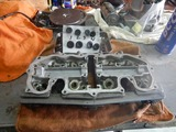 闇を抱えたエンジン代替シリンダーヘッド下拵え (3)