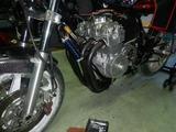 闇を抱えたエンジン三度腰上組立て (4)