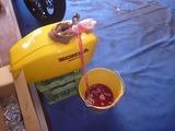 黄色い号タンク錆取り洗浄