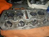 闇を抱えたエンジン代替シリンダーヘッド下拵え (2)