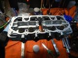 部品整備シリンダーヘッド組み立て201005 (2)