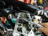 三重M号ヘッドカバー取り付けエンジン仕上げ (1)