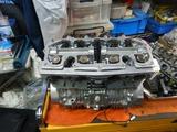 1号機エンジン腰上組立て190630 (4)