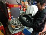 銀ちゃん車扁平タイヤ交換