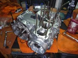 N様500ccエンジン腰下組立て (1)