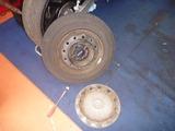 嫁の車パンク修理修理 (2)