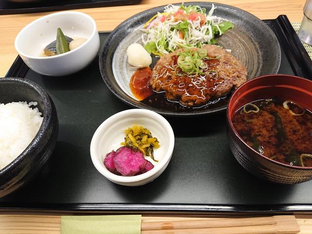 yuzakura-restaurant-sawarabi-2009-1
