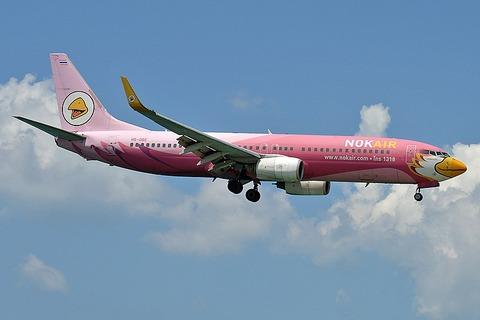 800px-Nok_Air,_HS-DBE,_Boeing_737-83N_(47663332011)