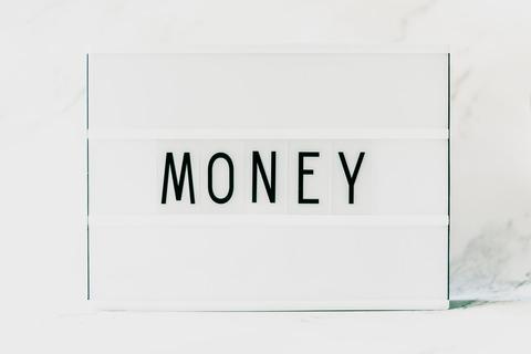 white-money-printed-card-2733657