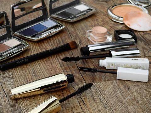 cosmetics-2116399_1920