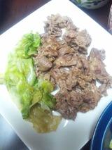 牛肉とレタスのオイスターソース炒め