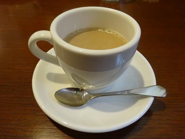 Cafe Charoでコーヒーブレークした