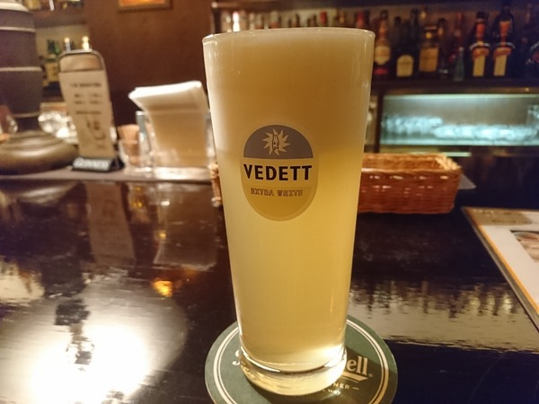 独乙屋倶楽部では外国ビールの樽生ビールが楽しめる