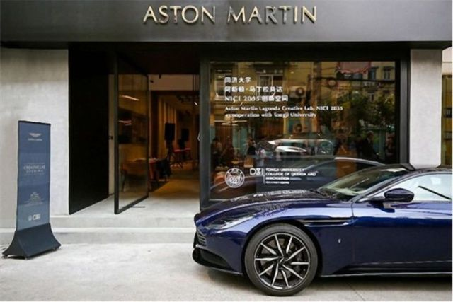 aston_martin_behind_the_scenes_01