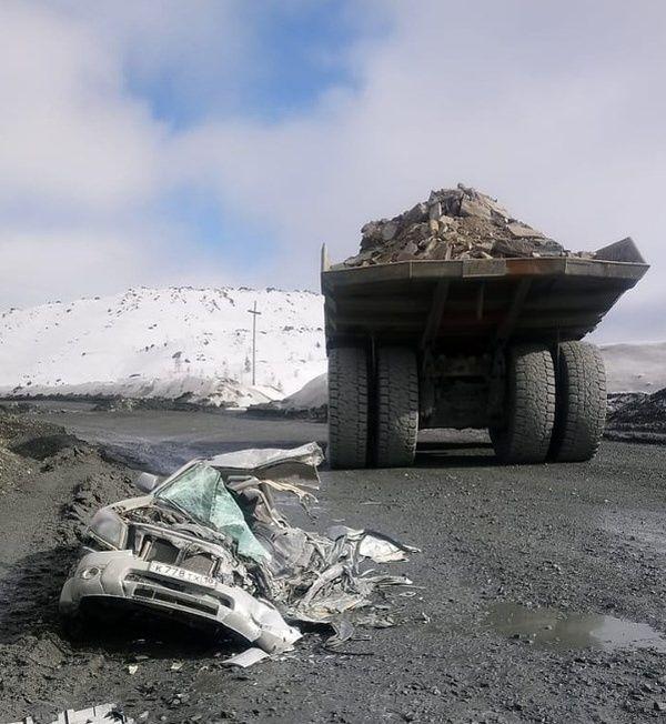 dump_truck_accident_01