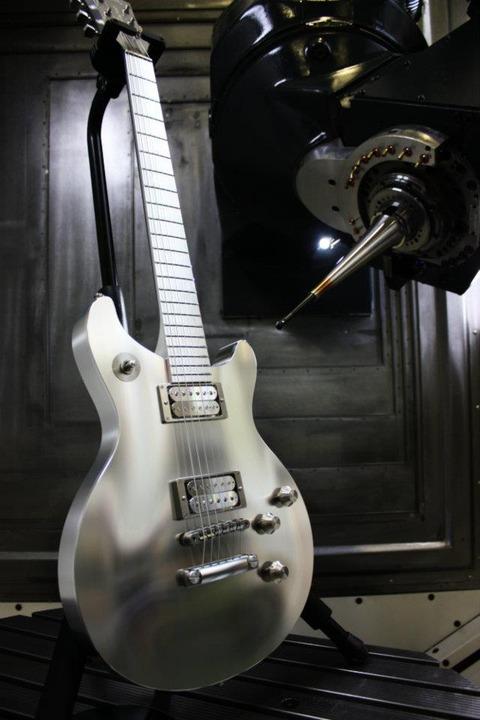 aluminum-titanium-guitar