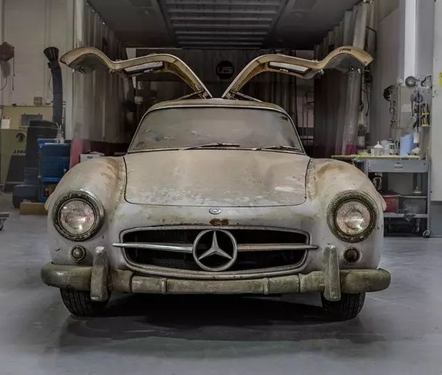 mercedes_benz_gullwing_02