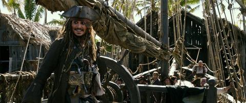 映画「パイレーツ・オブ・カリビアン/最後の海賊」ジョニー・デップ