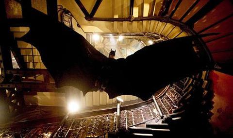映画「バットマン ビギンズ」バットマン