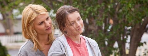 映画「あしたの家族のつくり方」クレア・デーンズ、サラ・ボルジャー