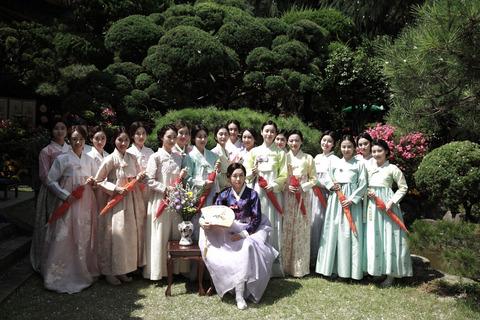 韓国映画「愛を歌う花」
