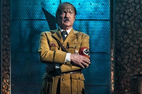 映画「アイアン・スカイ/第三帝国の逆襲」ヒトラー